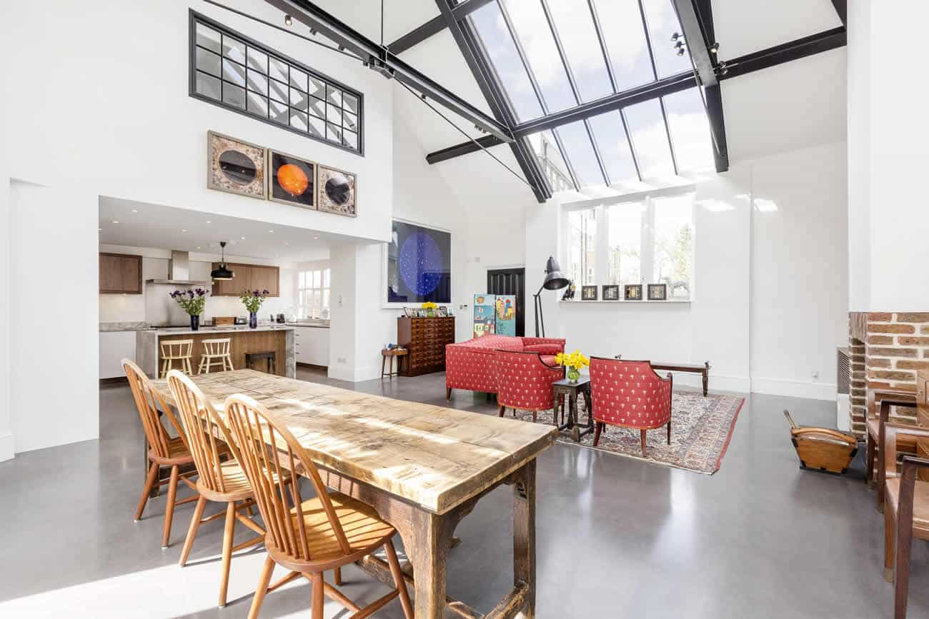 Stamford-Brook-House-Slide-1300w-868h-2