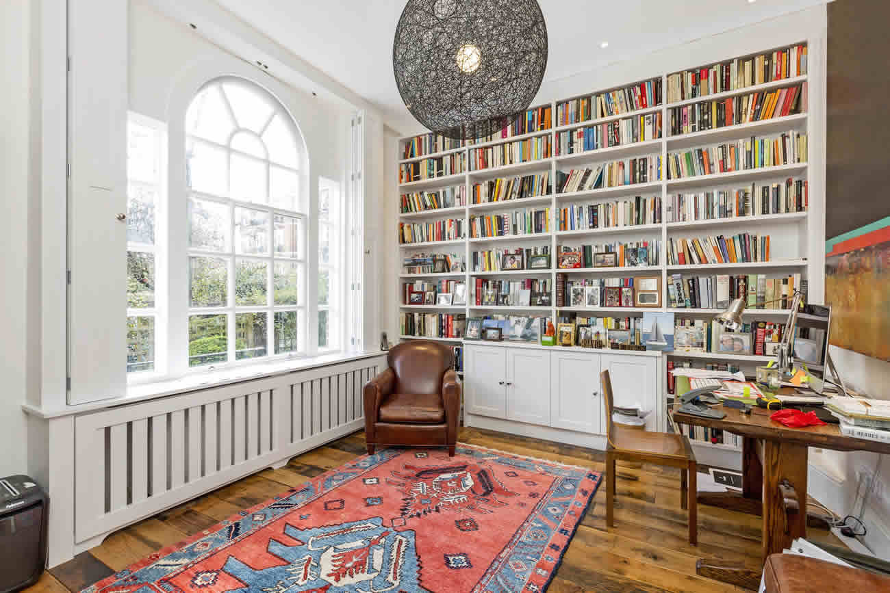 Stamford-Brook-House-Slide-1300w-868h-6